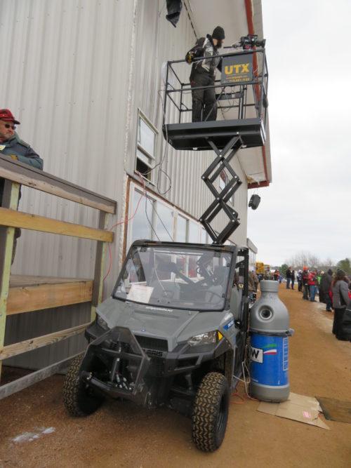 UTX 44 Utility Vehicle Scissor Lift