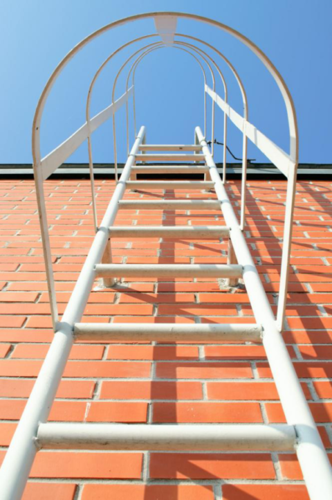 Different Types Of Industrial Ladders And Their Applications
